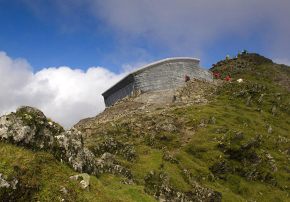1_snowdonsummit_wales_rayholearchitects_c_aneurinphillips20130602-27858-ni0lxz.gallery