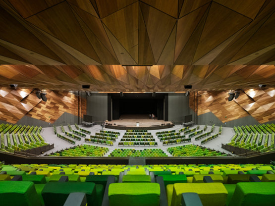 Melbourne_convention_and_exhibition_centre_by_joint_venture_architects_woods_bagot_and_nh_architecture_photo_peter_bennetts20130603-19838-5zreq9.gallery