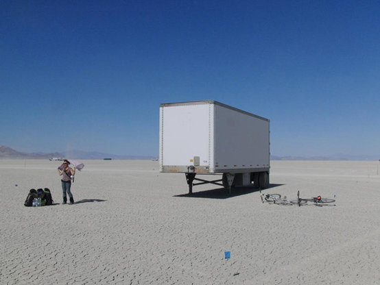 34_build_arriving_to_the_desert20130604-19838-uyajo6.gallery